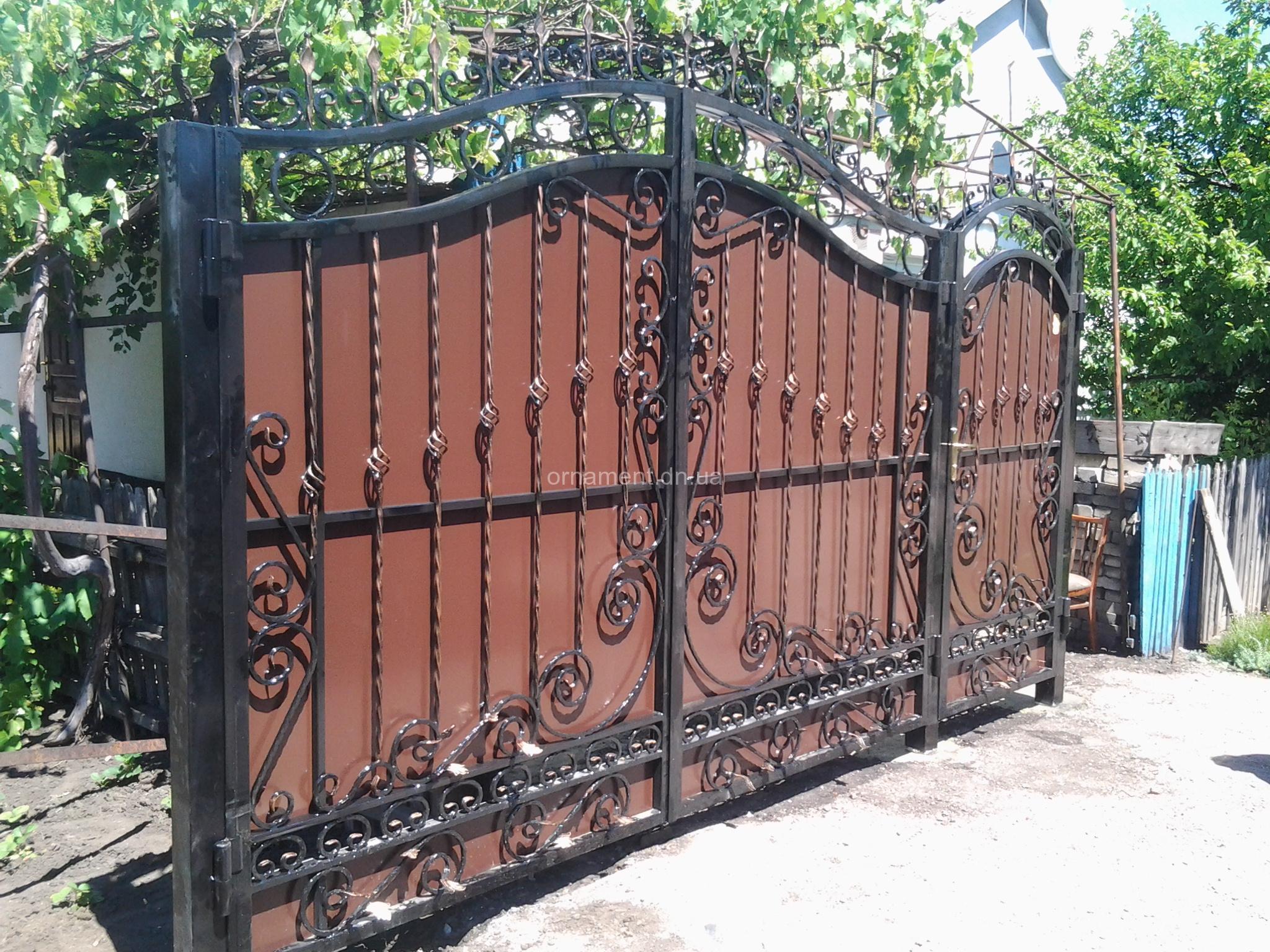Ворота кованые - распашные