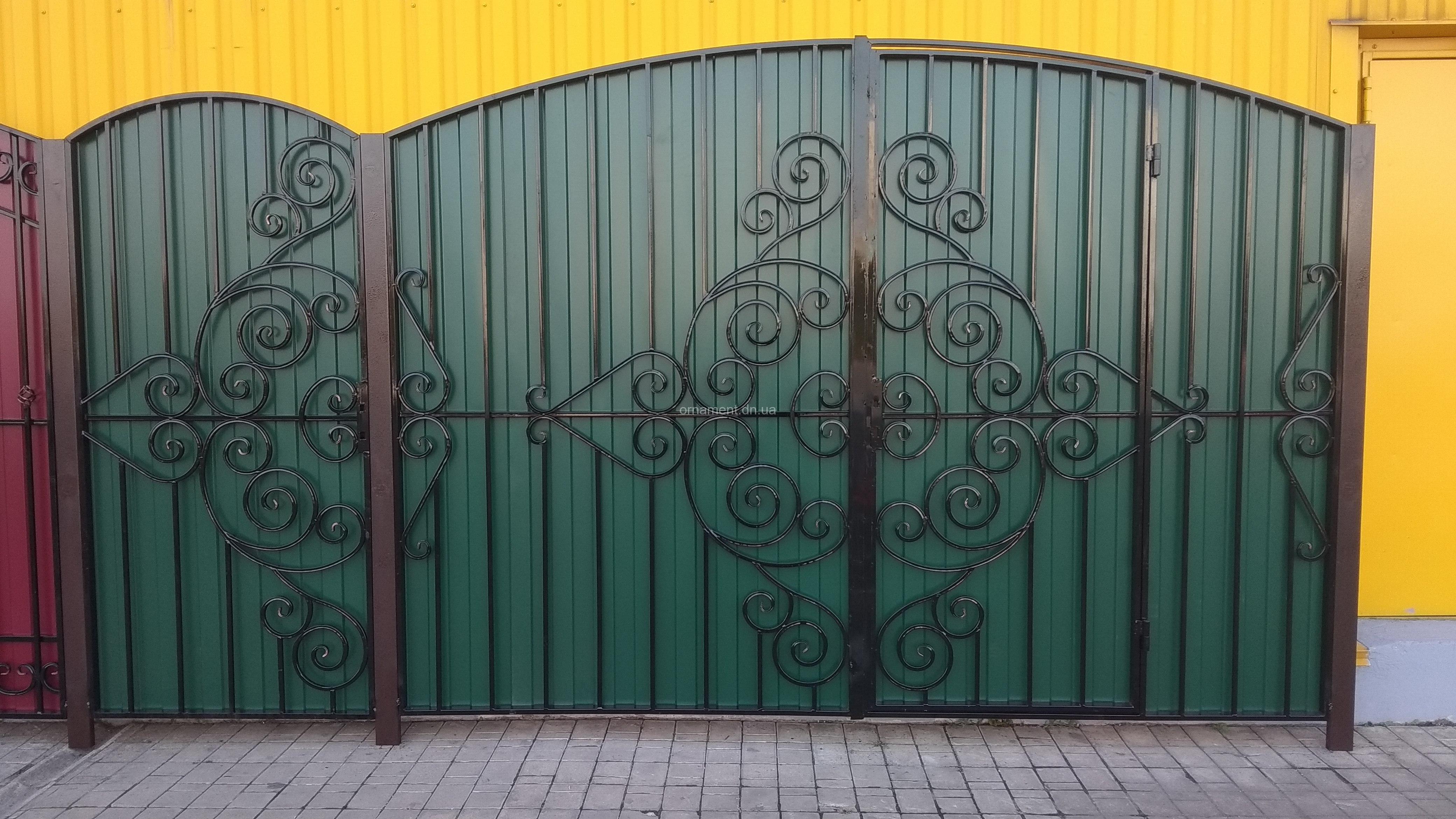 Ворота кованые «Нежность» калитка рядом (без монтажа и столбов)