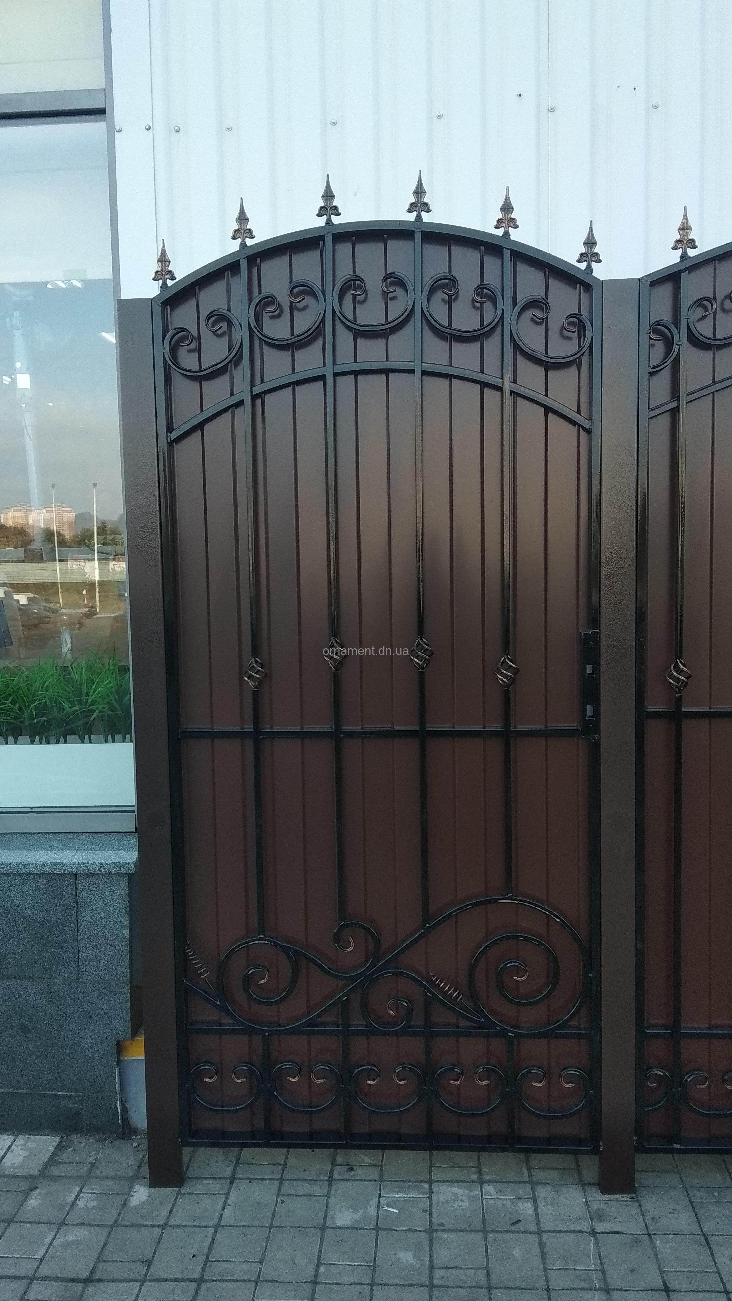 Калитка «Бастион» без монтажа и столбов